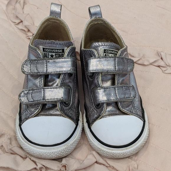 Converse Shoes   Girls Velcro Silver